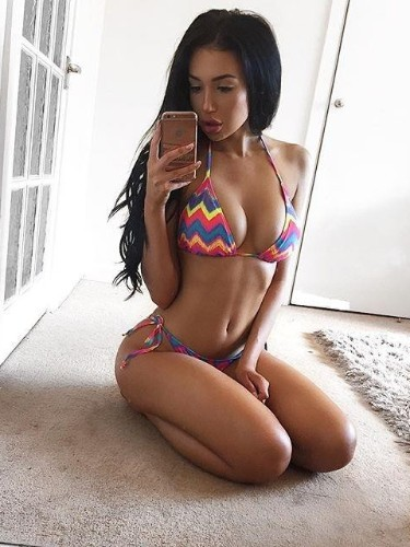 Sex ad by kinky escort Maya (22) in Dubai - Photo: 1