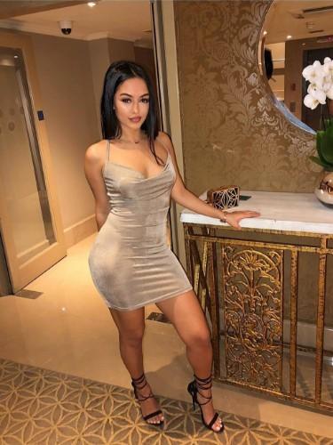 Sex ad by escort Bernice in Abu Dhabi - Photo: 1