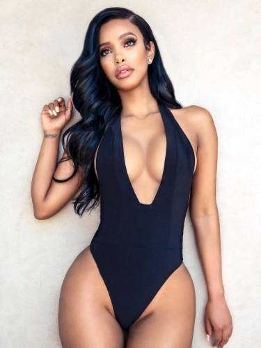 Sex ad by kinky escort Moesha in Abu Dhabi - Photo: 5