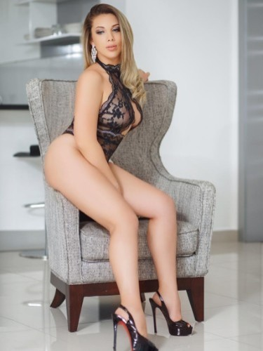 Sex ad by escort Alina23 (23) in Beirut - Photo: 4