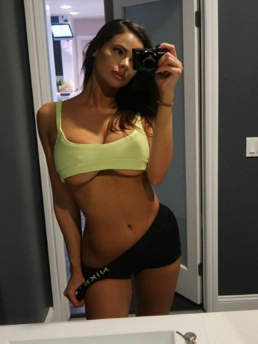 Sex ad by escort Cathleen (19) in Abu Dhabi - Photo: 5