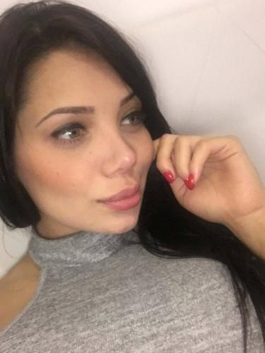 Sex ad by escort Sandra (22) in Abu Dhabi - Photo: 4
