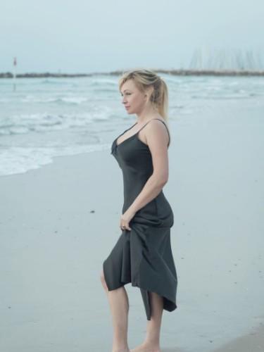 Sex ad by escort Mary (39) in Dubai - Photo: 6