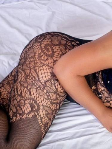 Sex ad by escort NellieB (25) in Dubai - Photo: 3