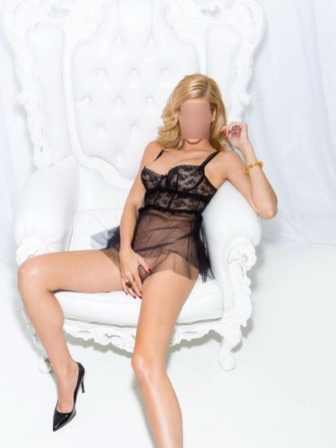 Sex ad by escort Lolaxxx (26) in Doha - Photo: 3