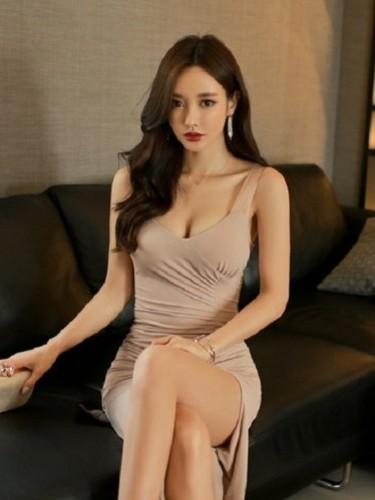 Sex ad by escort Dela (21) in Abu Dhabi - Photo: 1