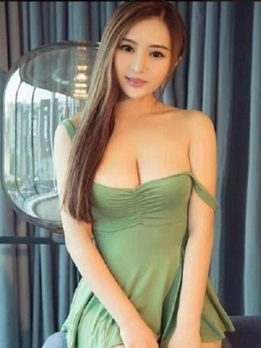 Sex ad by escort Ann (21) in Abu Dhabi - Photo: 1