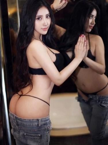 Sex ad by escort Adina (21) in Abu Dhabi - Photo: 3