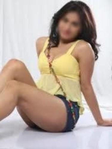 Sex ad by escort Jhanvi (25) in Dubai - Photo: 3