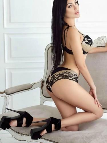 Sex ad by kinky escort Dimah (22) in Dubai - Photo: 5