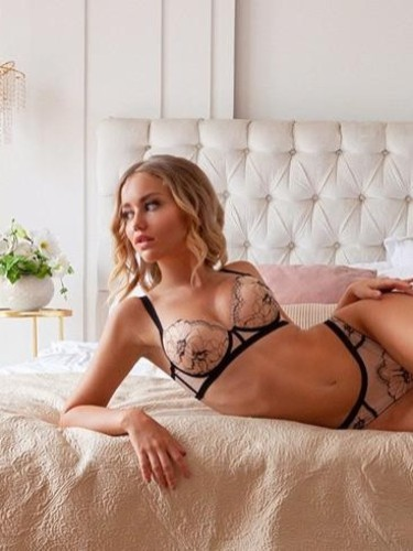 Sex ad by escort Kira (23) in Dubai - Photo: 4