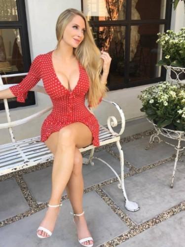 Sex ad by escort Amanda (22) in Dubai - Photo: 1