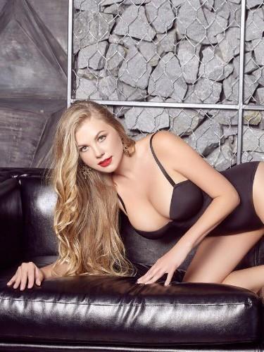 Sex ad by escort Holly (23) in Dubai - Photo: 4