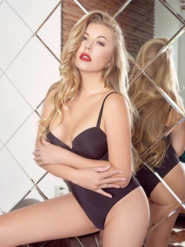 Sex ad by escort Holly (23) in Dubai - Photo: 6