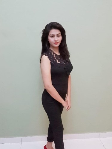 Sex ad by escort Heena Khan (19) in Abu Dhabi - Photo: 1