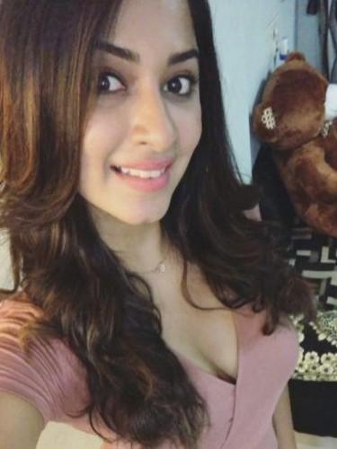 Sex ad by kinky escort Anju Singh (20) in Dubai - Photo: 5