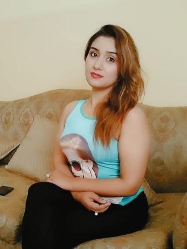 Sex ad by escort Seema Kaur (20) in Abu Dhabi - Photo: 1