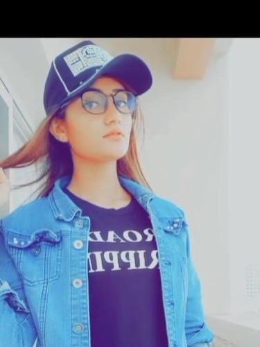 Sex ad by Pooja (21) in Dubai - Photo: 5