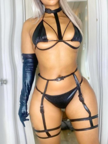 Sex ad by kinky escort Simhle (22) in Dubai - Photo: 3