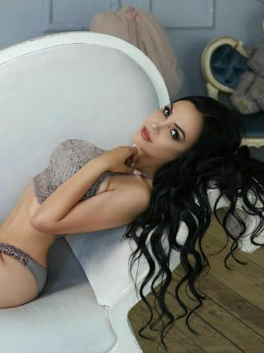 Sex ad by escort Paulinna (22) in Abu Dhabi - Photo: 5