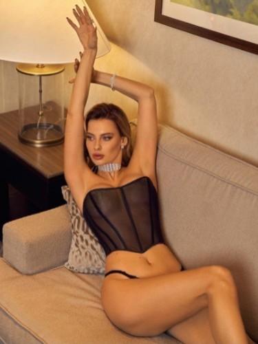 Sex ad by escort Karolina (21) in Dubai - Photo: 1