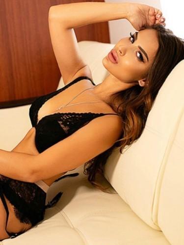 Sex ad by escort Zina (22) in Abu Dhabi - Photo: 5