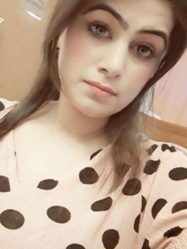 Sex ad by escort Karishma (21) in Dubai - Photo: 3