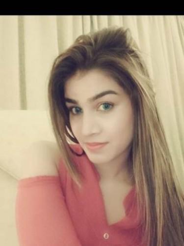 Sex ad by escort Karishma (21) in Dubai - Photo: 4