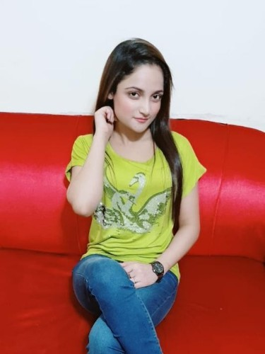 Sex ad by escort Alisha (21) in Dubai - Photo: 1