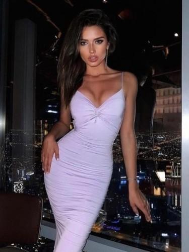 Sex ad by escort Daryna (21) in Dubai - Photo: 1