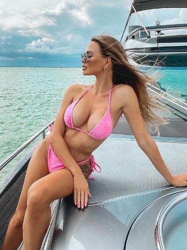 Sex ad by escort Vika (26) in Dubai - Photo: 3