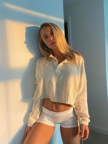 Sex ad by escort Karina (24) in Dubai - Photo: 6