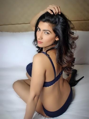 Sex ad by kinky escort Shandhya (27) in Dubai - Photo: 1