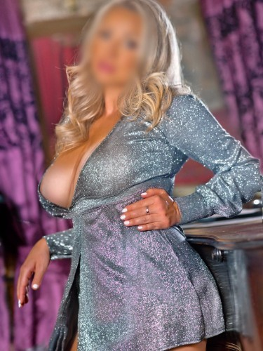 Sex ad by kinky escort CharlottePrague (30) in Dubai - Photo: 6