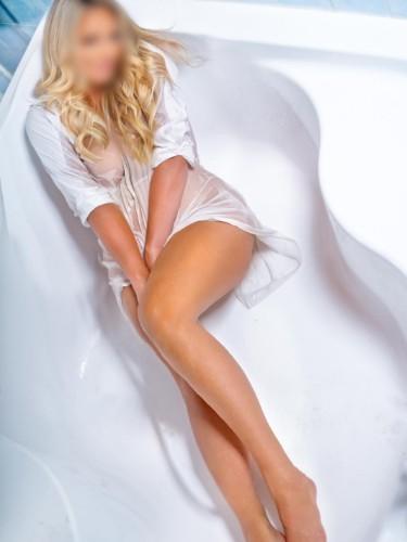 Sex ad by kinky escort CharlottePrague (30) in Dubai - Photo: 3