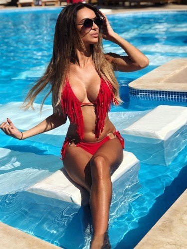 Sex ad by escort Tiffany (20) in Dubai - Photo: 3