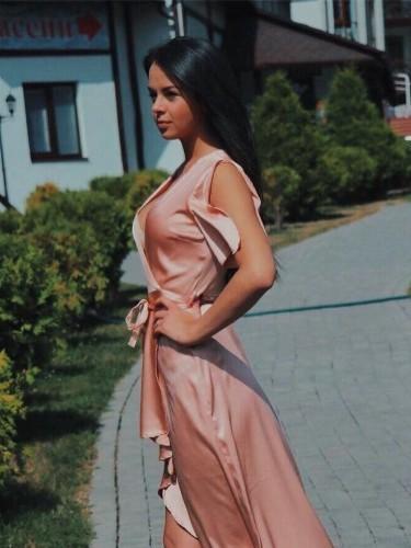 Sex ad by escort Anastasia (22) in Dubai - Photo: 4