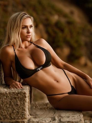 Sex ad by escort Marta (21) in Dubai - Photo: 7