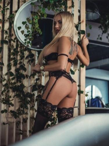 Sex ad by escort Anita (23) in Dubai - Photo: 1