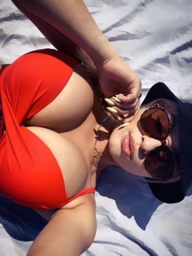 Sex ad by escort Natalie (20) in Dubai - Photo: 1