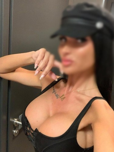 Sex ad by escort Dasha (24) in Dubai - Photo: 6
