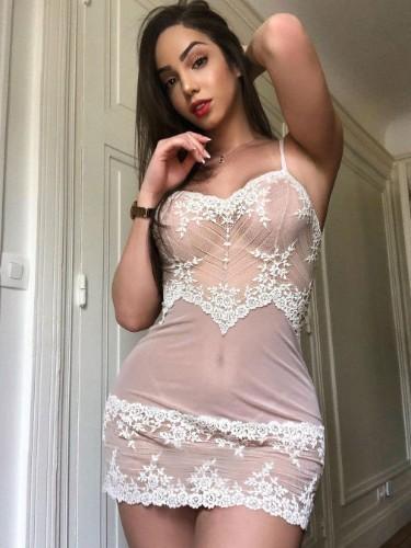 Sex ad by escort Bella4 (20) in Abu Dhabi - Photo: 3