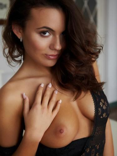 Sex ad by escort Vlada (19) in Dubai - Photo: 1