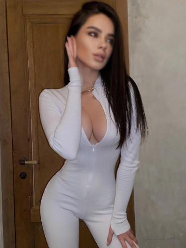 Sex ad by escort Sabina (19) in Dubai - Photo: 4