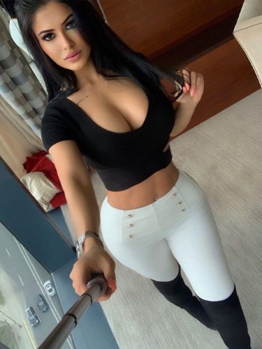 Sex ad by kinky escort Sexy Lucy (23) in Dubai - Photo: 1