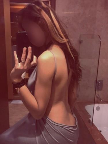 Sex ad by escort Ishu (22) in Dubai - Photo: 1