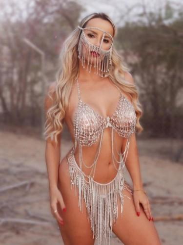 Sex ad by escort Carolina (22) in Dubai - Photo: 5