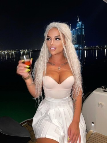 Sex ad by kinky escort Anita (23) in Dubai - Photo: 1