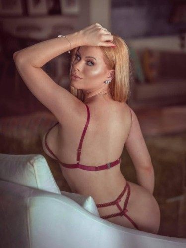 Sex ad by escort Elena (22) in Dubai - Photo: 5