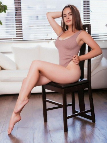 Sex ad by kinky escort Eva (20) in Dubai - Photo: 5